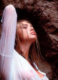 Peta Wilson - topless but covered in Maxim magazine March 2010 issue Foto 14 (Пэта Вилсон - топлесс, но предусмотренных в журнале Максим март 2010 выпуск Фото 14)